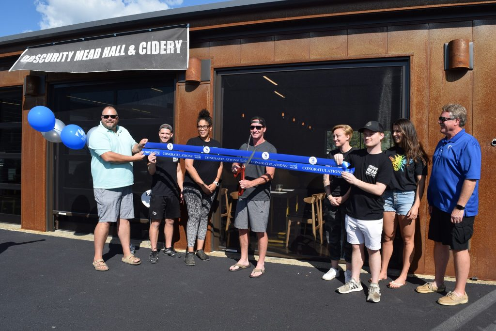 Obscurity Mead Hall & Cidery Ribbon Cutting